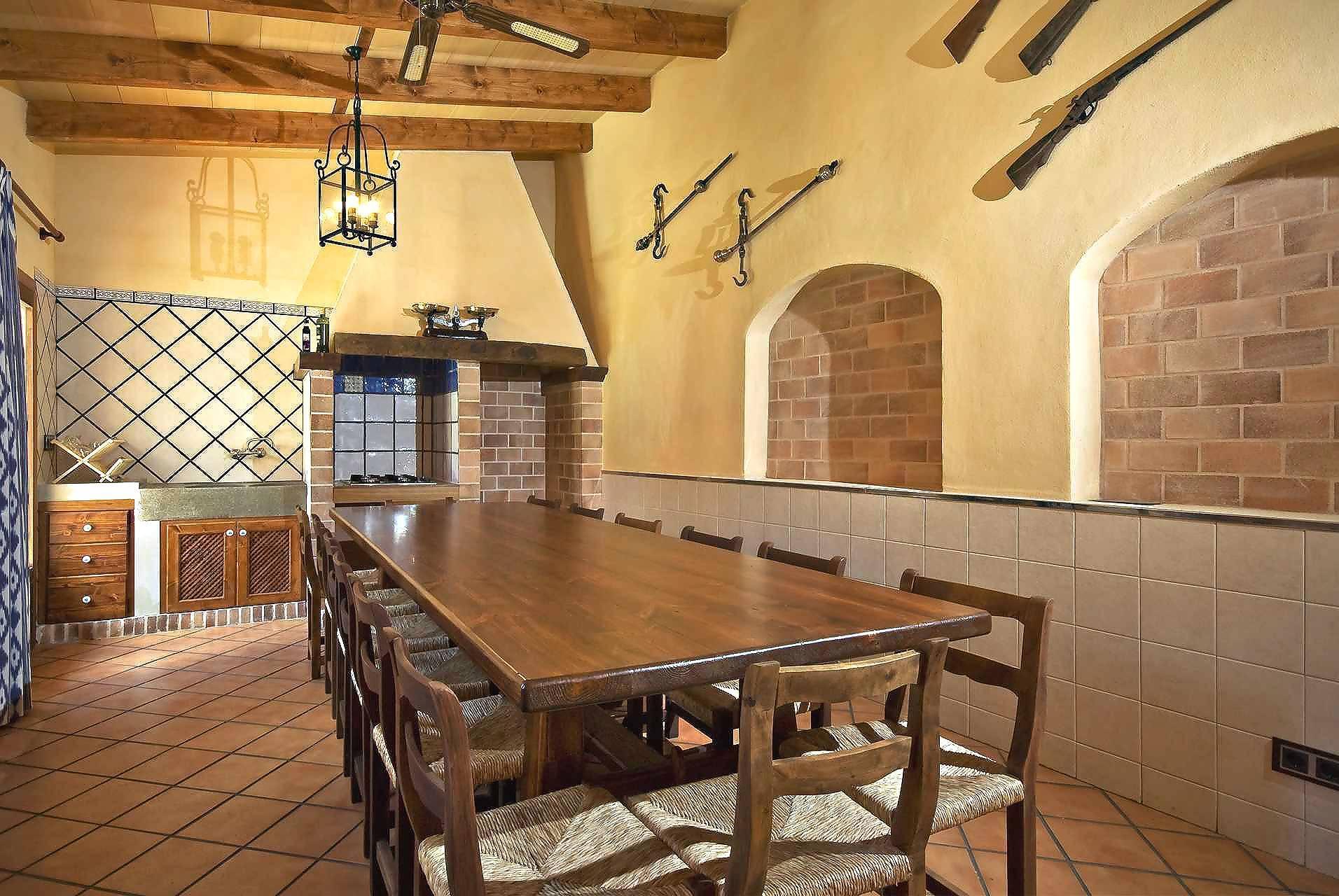 01-83 ländliches Stadthaus Mallorca Norden Bild 44