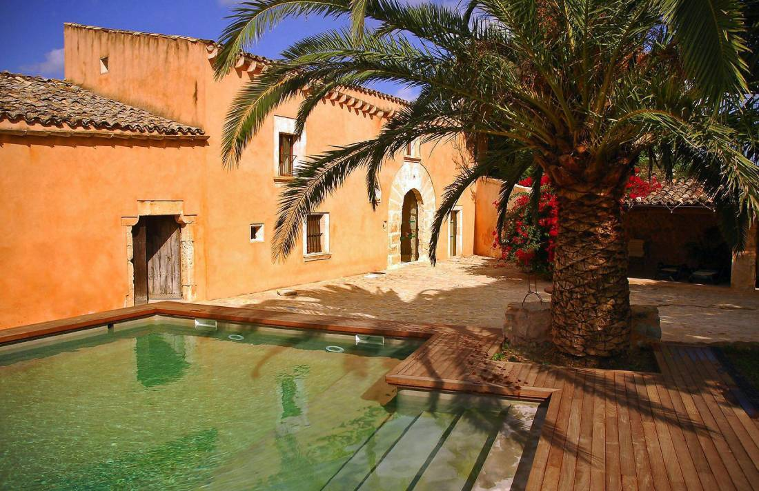01-08 Traditional Holiday Home Mallorca north Bild 1