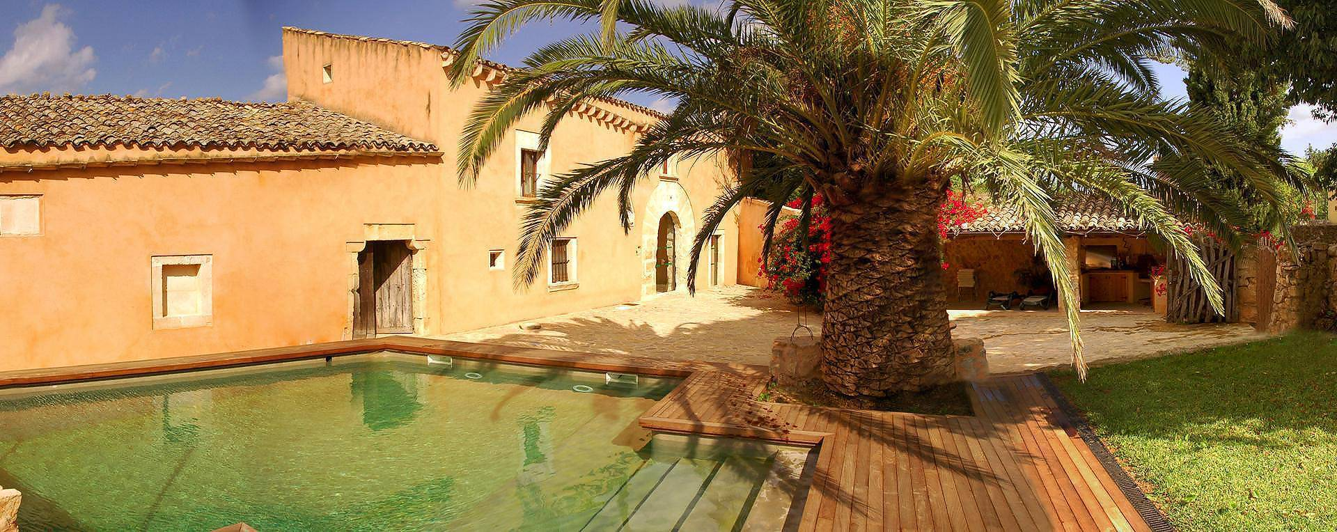 01-08 Traditional Holiday Home Mallorca north Bild 2