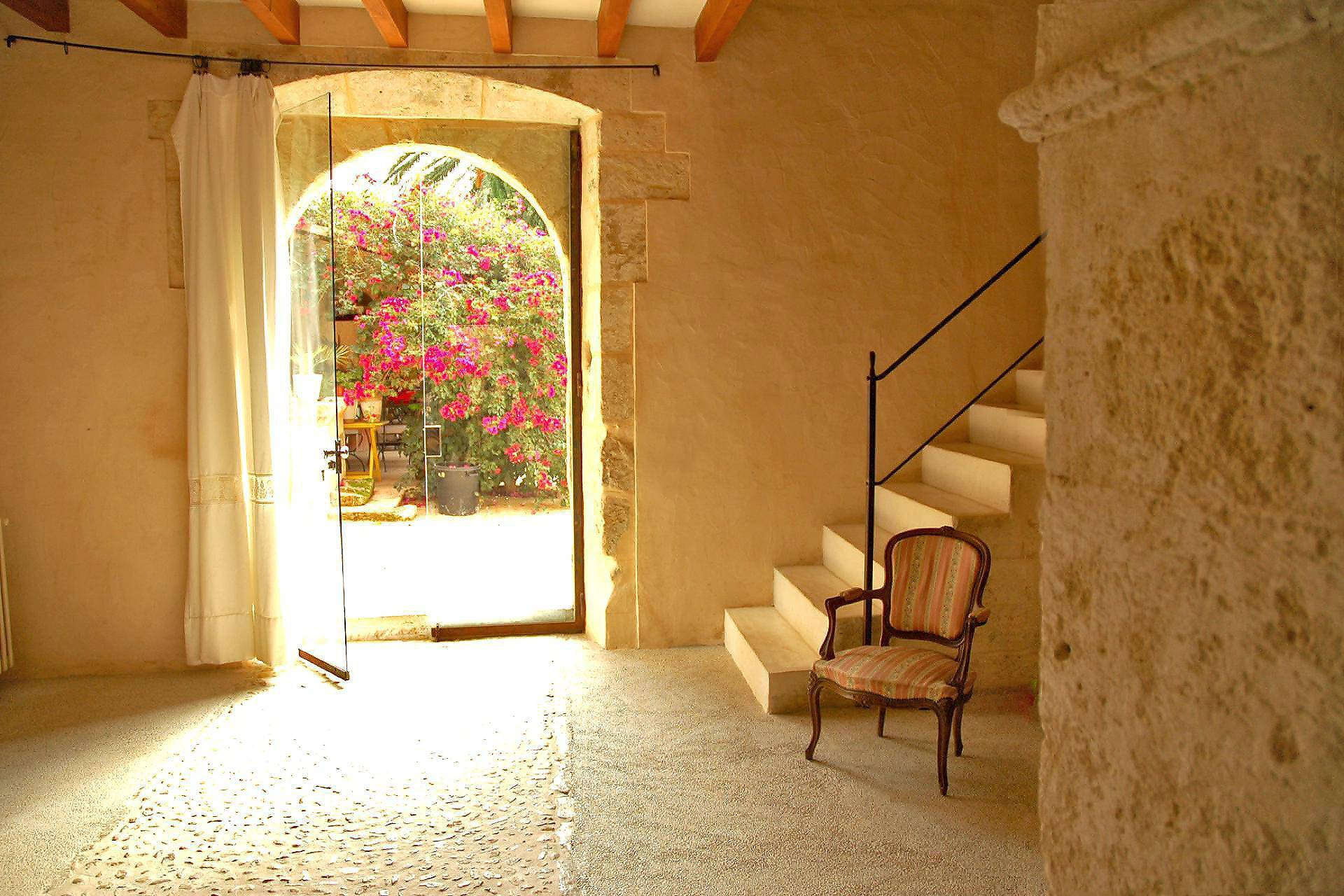 01-08 Traditional Holiday Home Mallorca north Bild 5