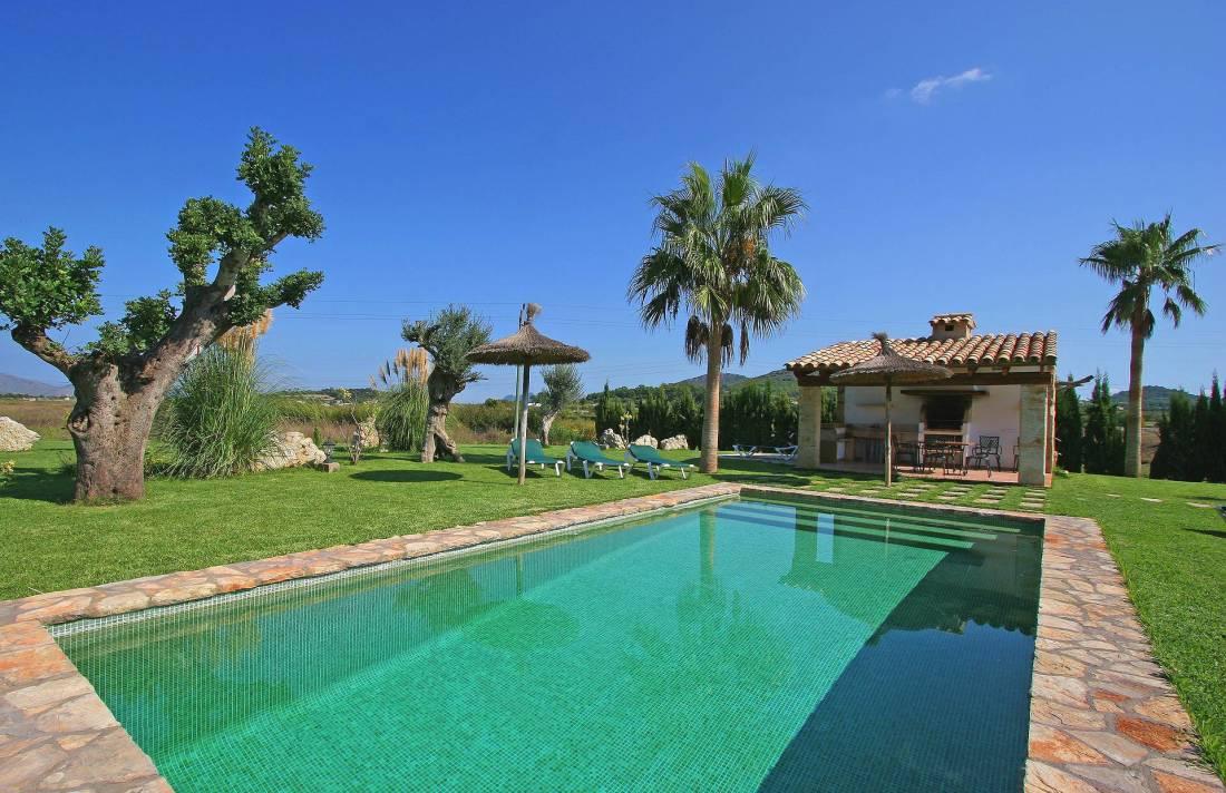 01-55 Familienfreundliche Finca Mallorca Norden Bild 2