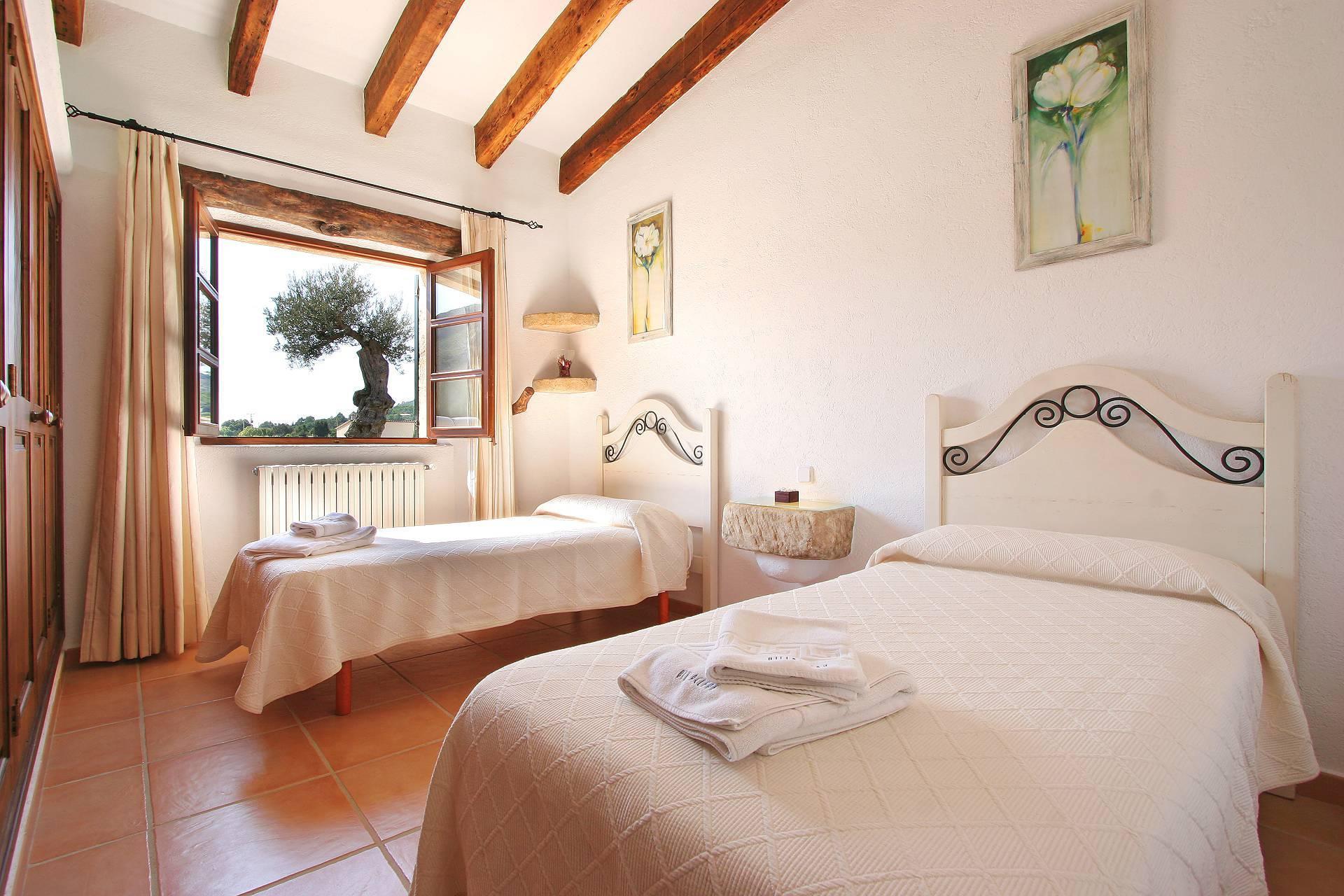 01-55 Familienfreundliche Finca Mallorca Norden Bild 16